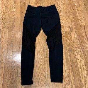 Woman's Onzie leggings